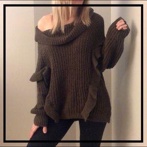EXPRESS. Gorgeous Dark Green Ruffle Sweater